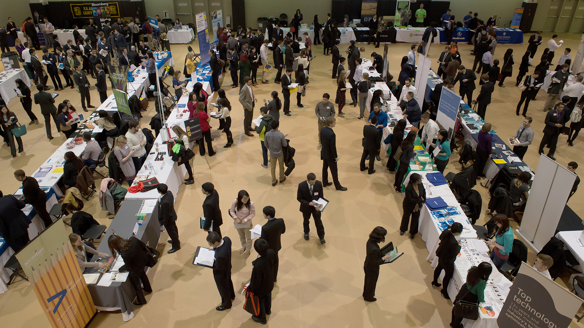 career fair Career fairs attention employers: this page is intended for students career fairs and forums - meet with employers in an informal setting and learn more about job and internship opportunities.