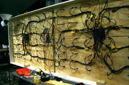 interstices-wiring