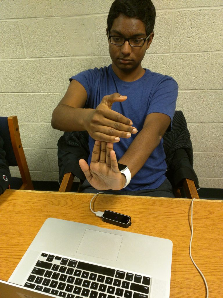 Motrack hand movement demonstration