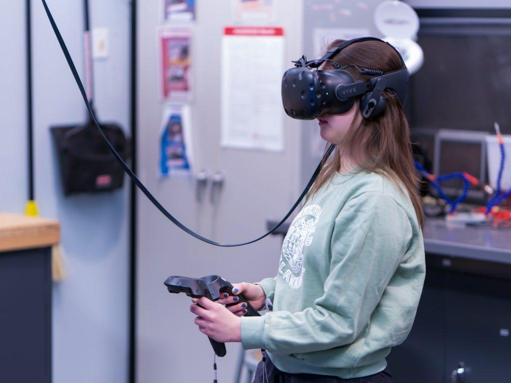 Student using VR Studio 2