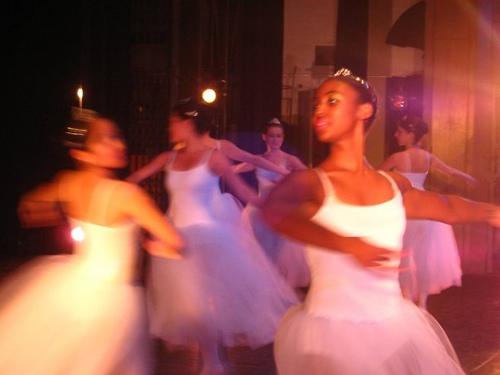 Baller Dancers performing