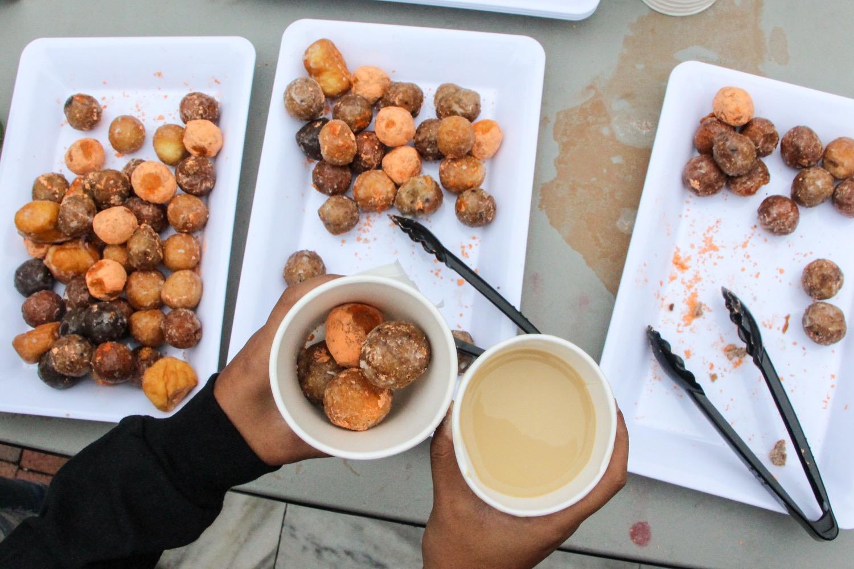 Mugs and donuts
