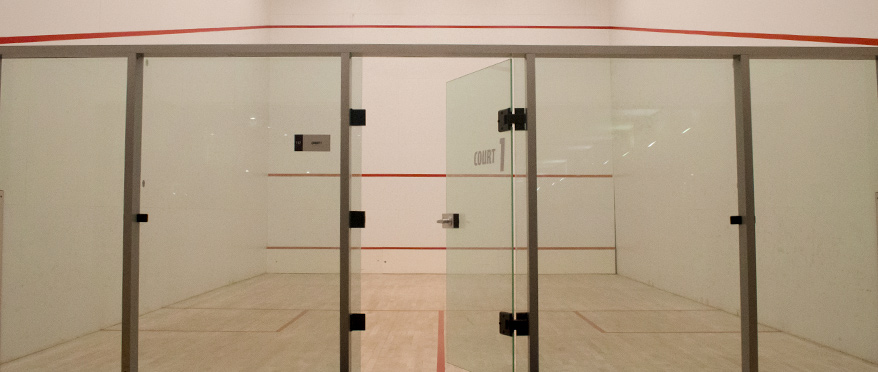 racquetball-court