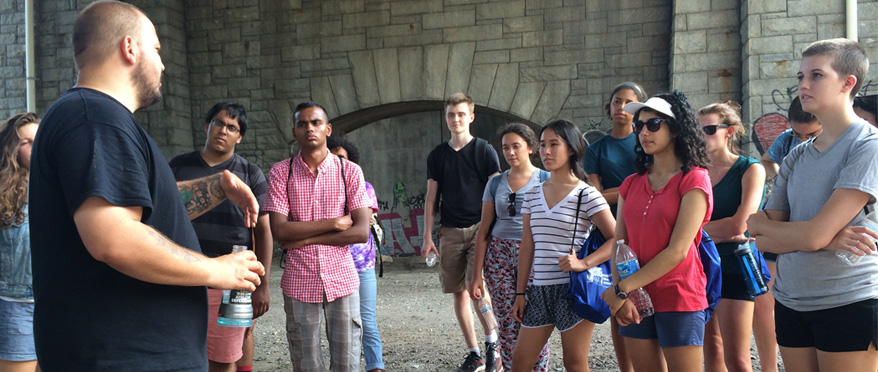 Students on a tour around Baltimore