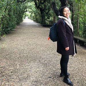 headshot picture of Clarissa Chen